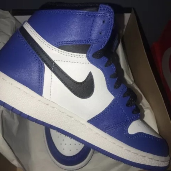 the latest 5be1a 613c0 Royal blue jordan ones ( Womens )